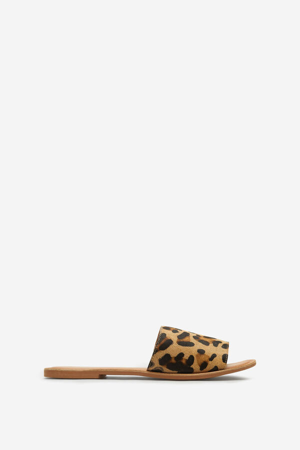 5b11a70bade Springfield Sandalia pala leopardo color