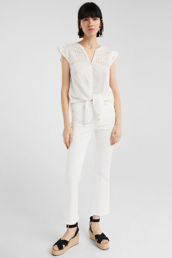 7d86722df2a Springfield Blusa flor bordado suizo blanco