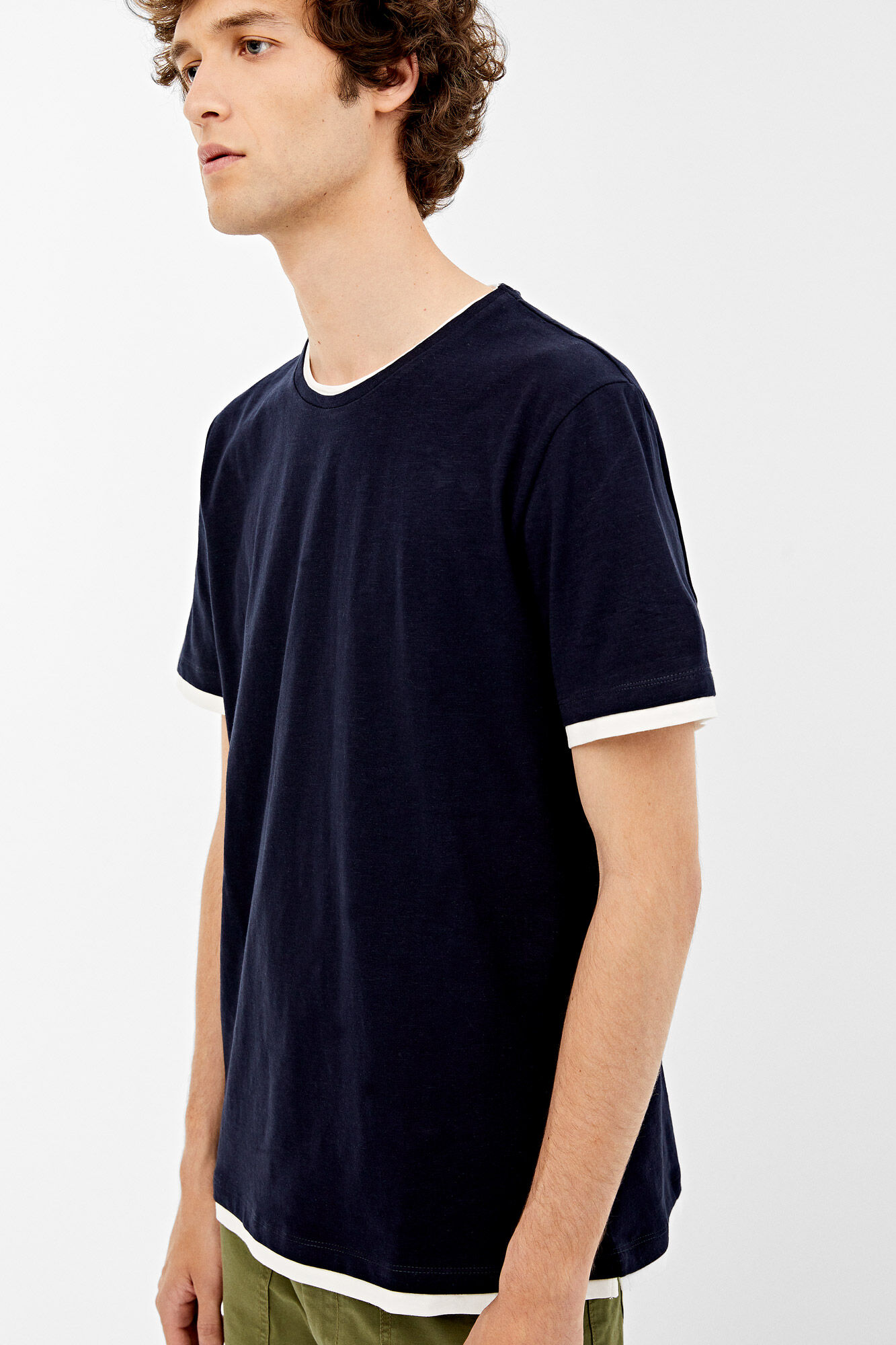 6fbb4c782e Contrasting superimposed effect t-shirt