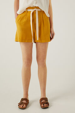 Springfield Bermuda shorts in sustainable linen yellow