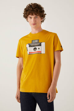 Springfield Polaroid t-shirt color