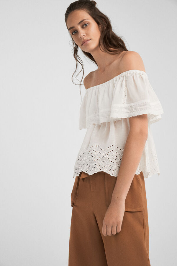 0492a735933 Springfield Blouse with lace ruffle grey