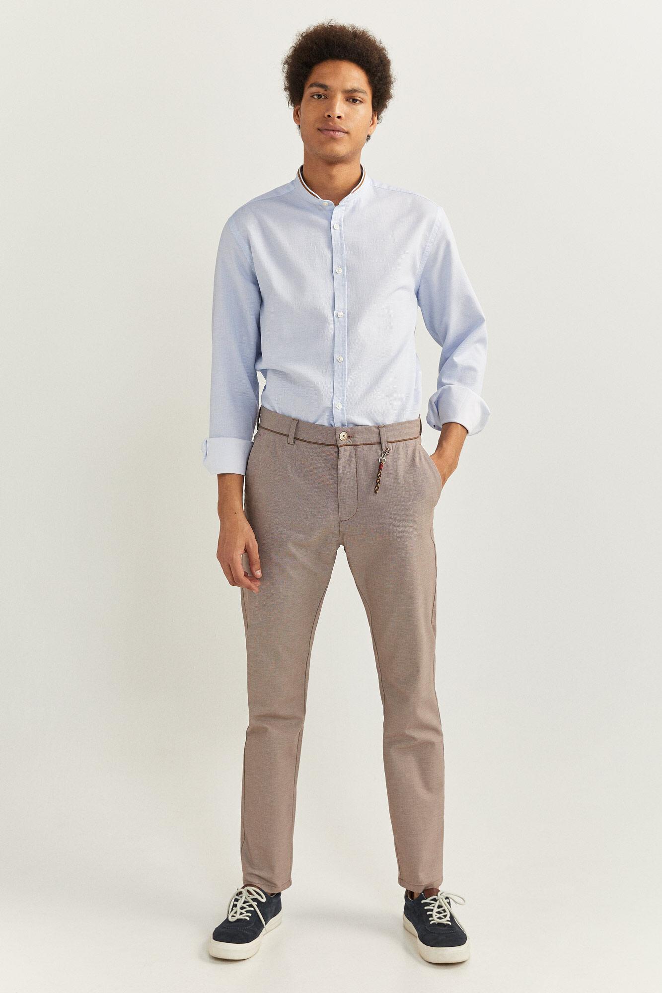 Detalles acerca de Nuevo Con Etiquetas Zara Man chino pantalones ajustados color caqui Tamaño 36 X 32 con cinturón de cuero de imitación mostrar