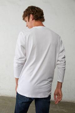 Conjunto de T-shirt com logótipo e calças de ganga skinny